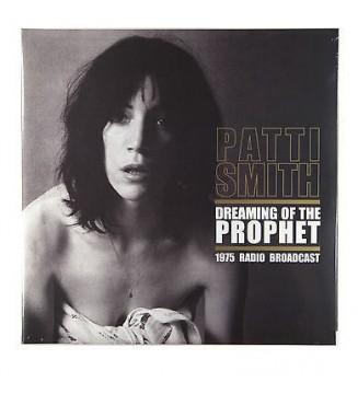 Patti Smith – Dreaming Of...